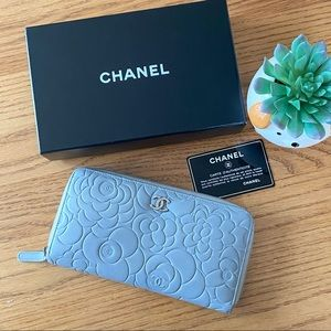Chanel Camellia Zipped Wallet